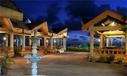 paradise-isle-beach-resort-overview2