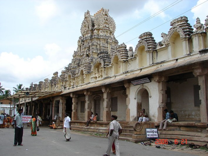 Cheluvarayaswami temple, Melukote
