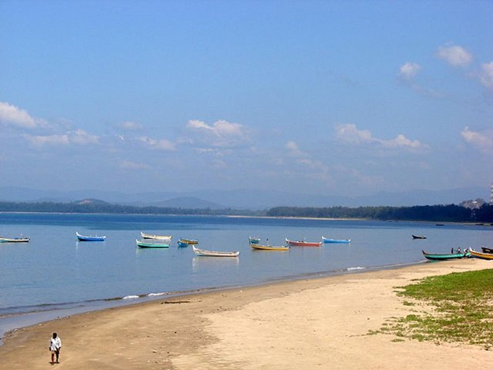 Beach at Karwar, Karwar