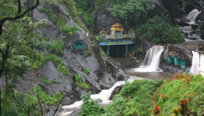 Kalhatti Giri Falls
