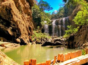 Sathodi Falls, Yellapur – A Scenic Beauty Capsuled In the Ghats