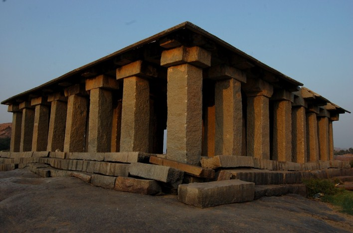 64 pillars temple, Anegundi. Image source Raghu