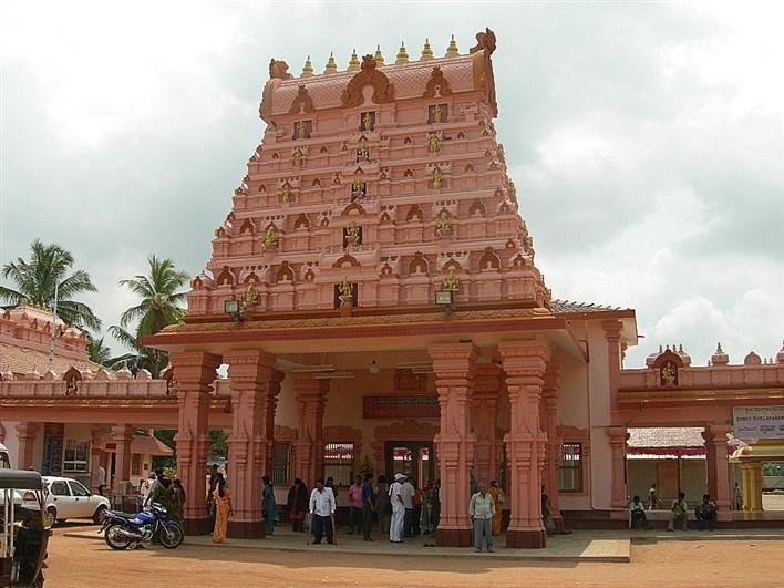 Gopuram of Shri Durgaparameshwari Temple, Bappanadu (near Mulki). Image source mangaloretaxi.com