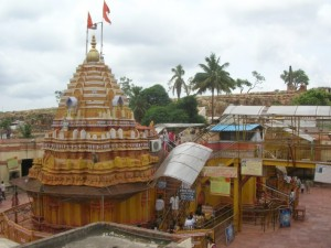 Yellamma Temple, Saundatti-