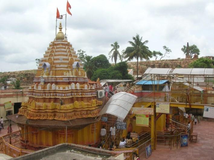 Yellamma Temple, Saundatti-