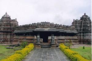 Veera Narayana temple, Belavadi