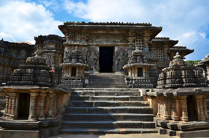 Hoysaleshwara Temple, Halebidu Temple