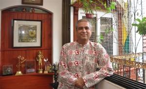 Mahesh Dattani. Image courtesy http://jaipurliteraturefestival.org/mahesh-dattani-756.html