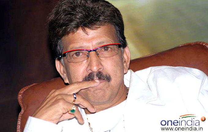 Dr. Vishnuvardhan | Kannada Actor | PersonalitiesVishnuvardhan Kannada Actor With Lion