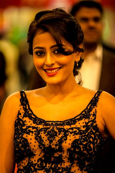 Nidhi Subbaiah at South Indian International Movie Awards 2013.