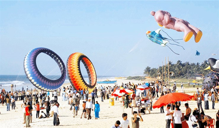 Kite Festival at Panambur Beach, Mangaluru. Image Source canaracollege.com