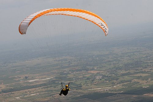 Paragliding in Nandi Hills. Source Flickr, places near Bangalore
