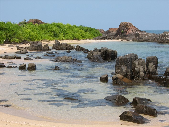 Rocks at St. Mary's Islands. Photopgraher Man On Mission
