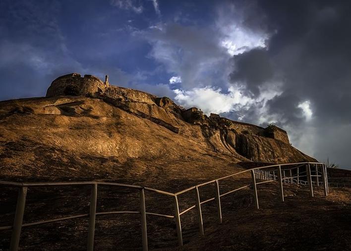 Madhugiri Fort, Madhugiri