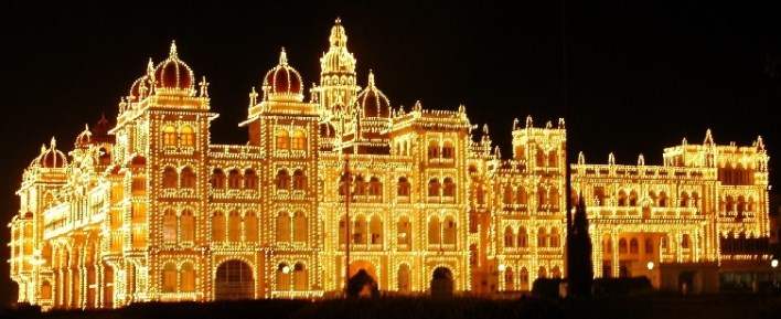 sightseeing mysore Mysore Palace on a Sunday night