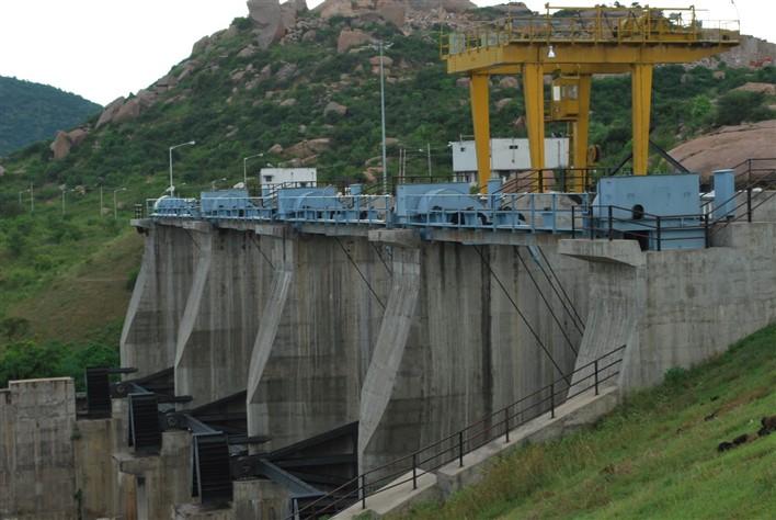 Arkavathy Dam, Kanakapura. Image source guruppandit