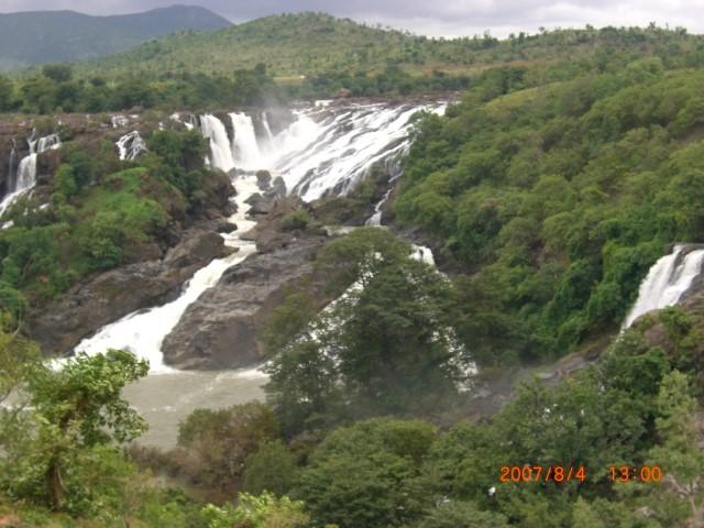 Mandya, Barachukki waterfalls, Shivanasamudra