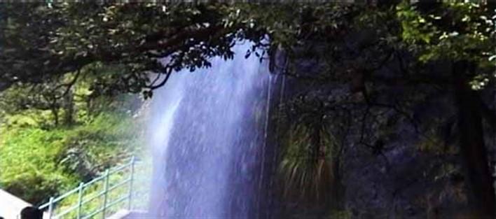 Kemmanagundi ,Honnamma Falls, Kemmanagundi. Source letsseeindia.com