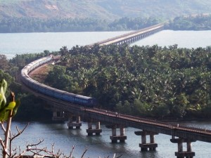 honnavar train. Image source sanjeevinihomestay