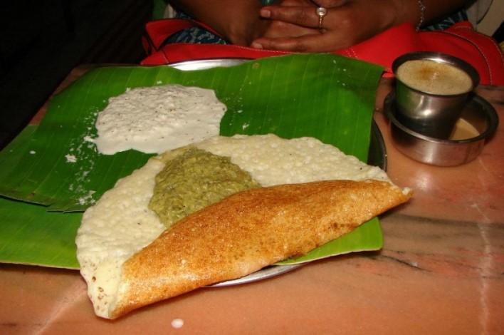 Dosa at Vinayaka Mylari, Mysore