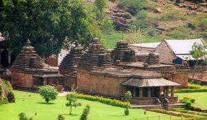 Mallikarjuna group of temples, Bhutanatha group of temples,
