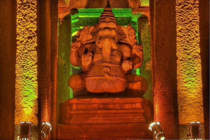 hampi by night, hampi, Sasvikal Ganesha