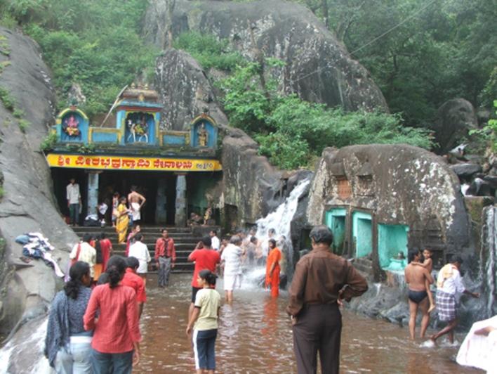 Veerabhadreshwara Temple, Tarikere